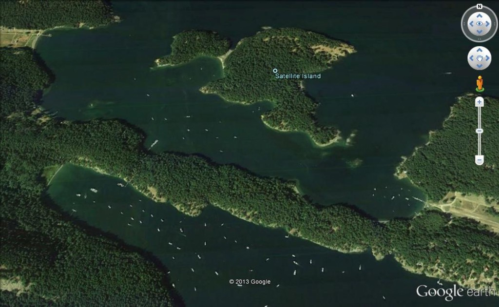 03 There is better passage around the west side of Satellite Island (image not to be used for navigation)