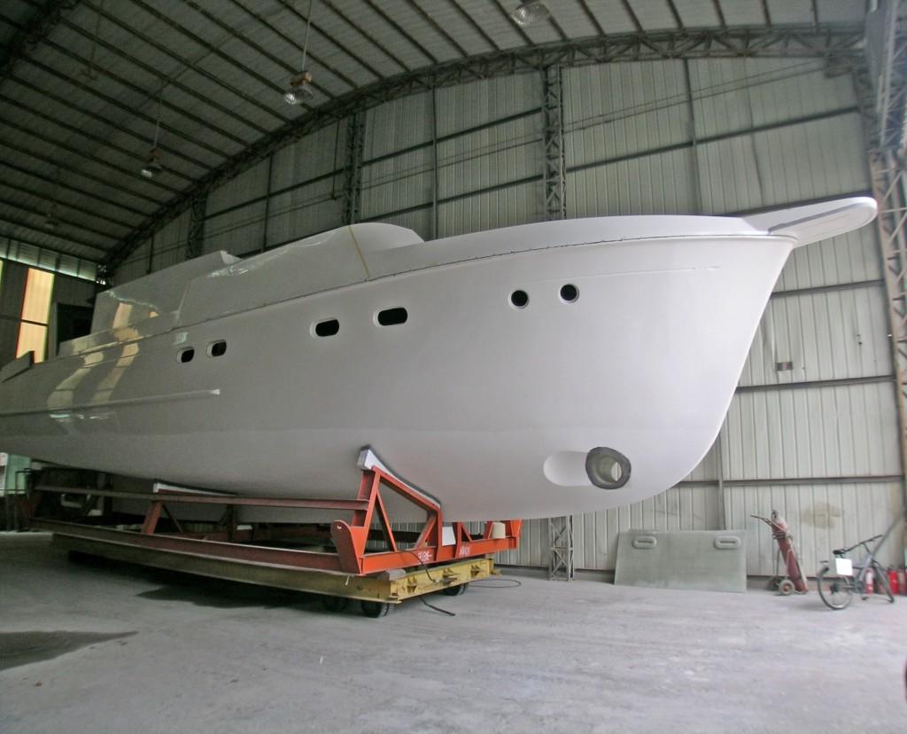 Selene Hull Form