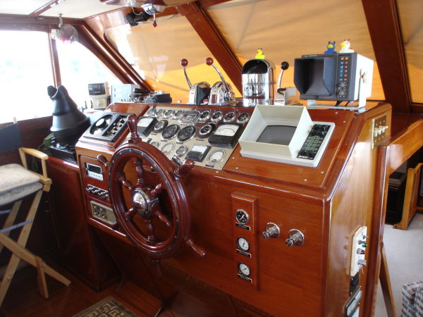 De Anza III Navigation Electronic System